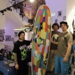 Surfboard Kreation aus 200 Flip Flops