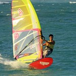 Kurosh Kiani verstärkt Maui Ultra Fins