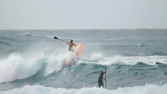 Rob Machado auf SUP Downwind Kurs