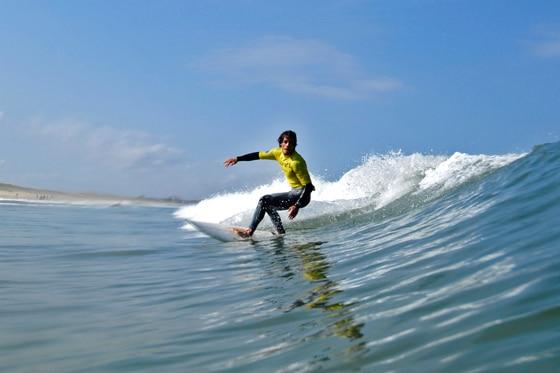 Sonne, Surf & 1000 Studenten: Der erste Tag bei den Planet Sports ADH Open 2012