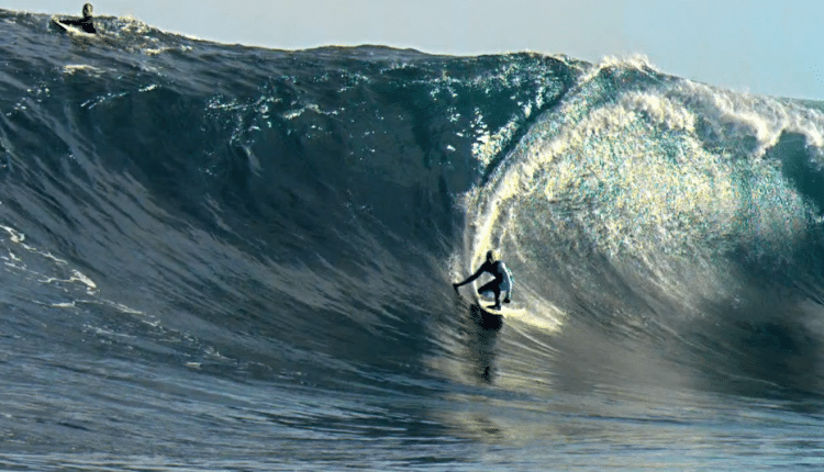 Chris Bryan Films Slow Motion Surf Showreel