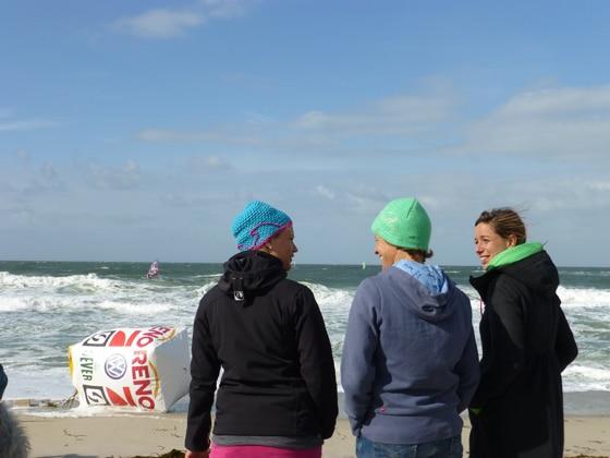 Damen beim Windsurf World Cup auf Sylt