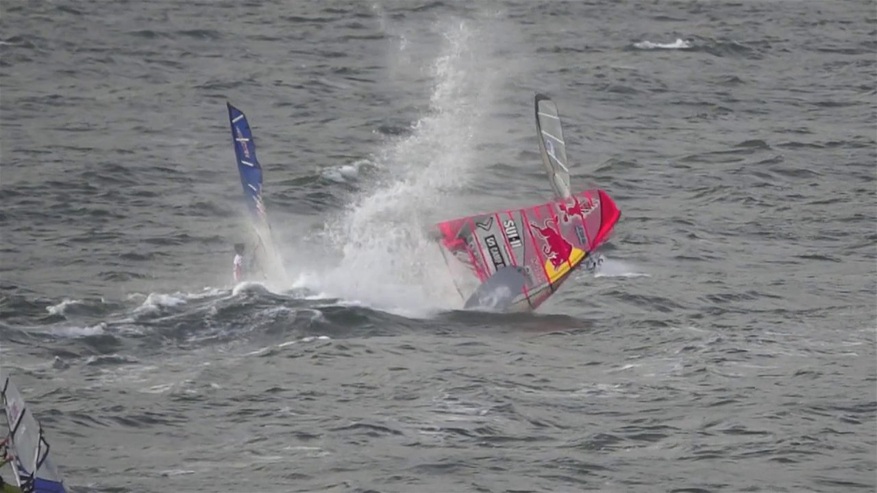 Video thumbnail for vimeo video Björn Dunkerbecks Crash beim Windsurf World Cup Sylt – SUPERFLAVOR SURF MAGAZINE