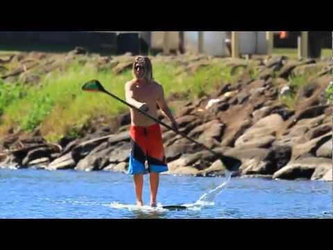 Video thumbnail for youtube video Dual Blade SUP Paddle von Race Hawaii – SUPERFLAVOR SURF MAGAZINE