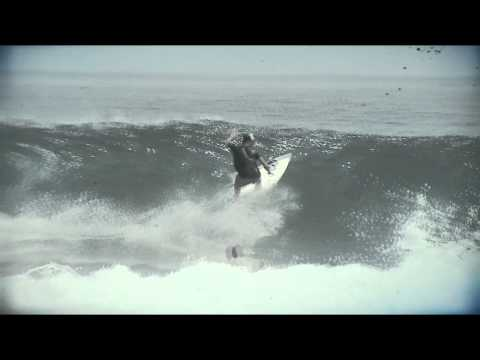 Video thumbnail for youtube video Marlon Lipke gewinnt die ASP Surf Europameisterschaft 2012 – SUPERFLAVOR SURF MAGAZINE