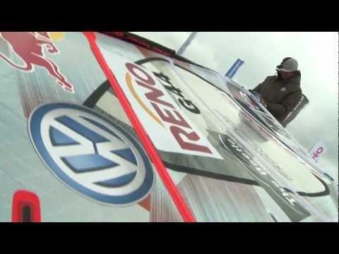 Video thumbnail for youtube video Philip Köster beim Windsurf World Cup auf Sylt – SUPERFLAVOR SURF MAGAZINE