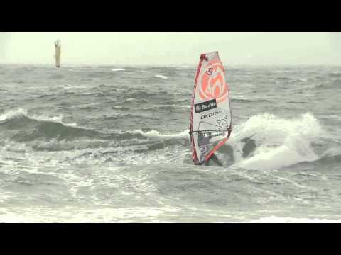 Video thumbnail for youtube video Wave Sessions beim Windsurf World Cup Sylt 2012 – Video – SUPERFLAVOR SURF MAGAZINE