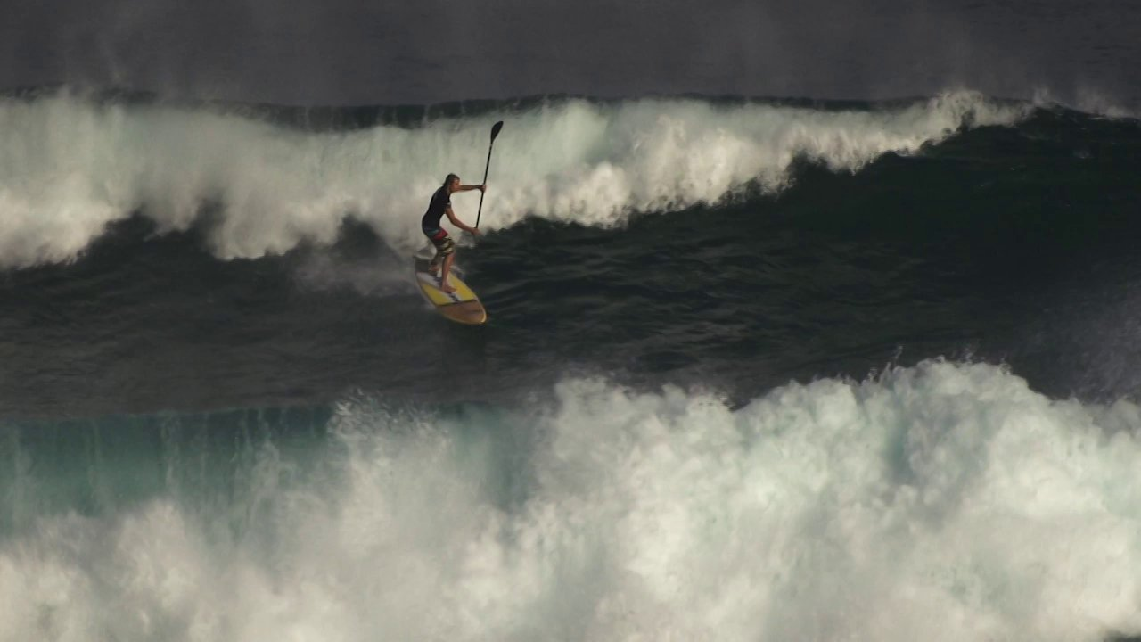 Video thumbnail for vimeo video Casper Steinfath entdeckt die Welt des Surfens – SUPERFLAVOR SURF MAGAZINE