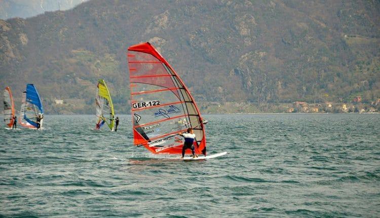 Vincent Langer überlegen bei Swiss Windsurfing Regatta