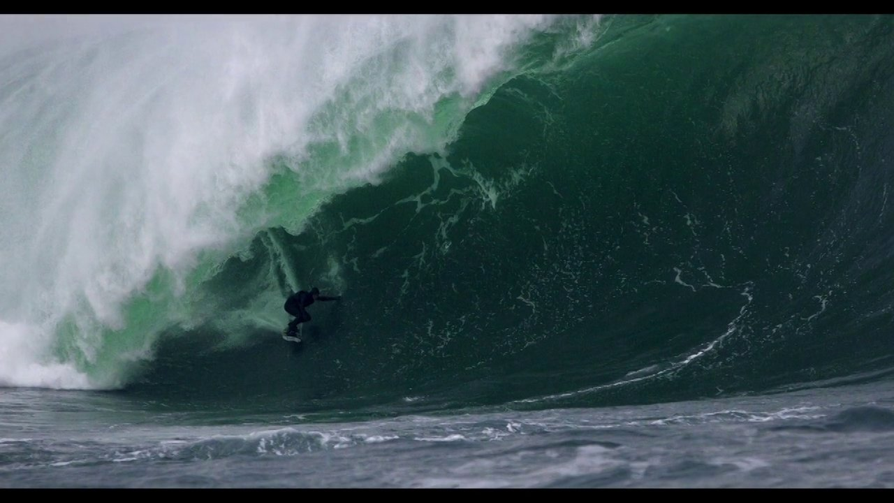 Video thumbnail for vimeo video Sebastian Steudtner – Grosse Weleln und Dicke Uhren – SUPERFLAVOR SURF MAGAZINE