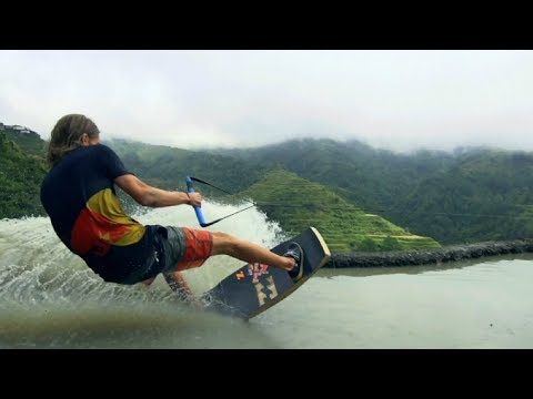 Video thumbnail for youtube video Wakeskate Session auf dem achten Weltwunder – SUPERFLAVOR SURF MAGAZINE