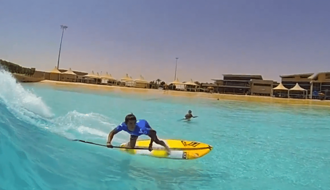 Wadi surf pool stand up world tour video superflavor for Stand up pool