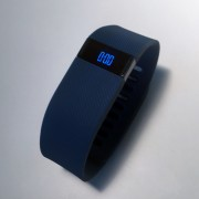 fitbit charge review test 02 e1424164395838 180x180 - Fitbit Charge – Fitnessmotivator für das Handgelenk