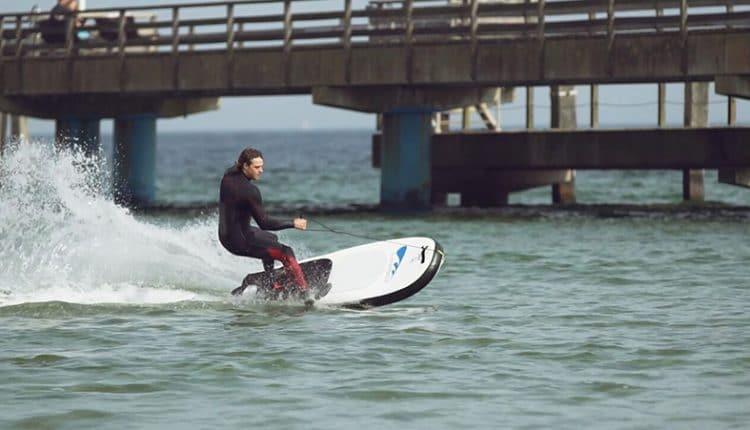 Lampuga Surfboads mit Jetantrieb