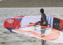 fanatic viper air wind sup sup board test superflavor gleiten tv 22 250x179 - Fanatic Viper Air 9.10 im SUP Test
