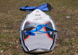 mistral equipe inflatable sup board test 02 250x179 - Mistral 12'6 Equipe Light im SUP Test