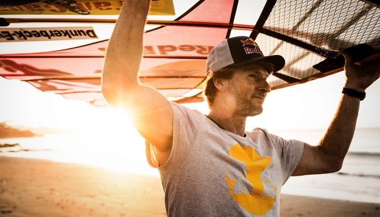 Surf-Legende Björn Dunkerbeck holt WM-Titel Nummer 42