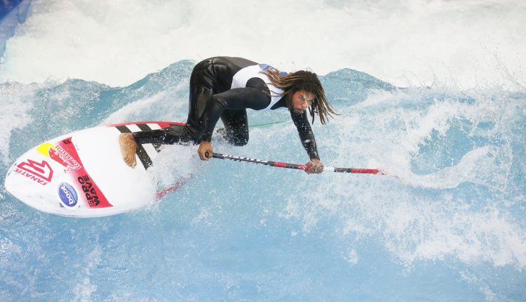 THE WAVE – die erste stehende Deep Water Welle