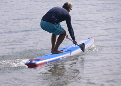 starboard airline allstar infalable sup board test christian hahn superflavor sup mag 02 400x286 - Starboard Allstar Airline 14.0x26 im Inflatable SUP Board Test