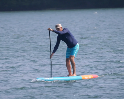naish alana 2019 inflatable sup board test superflavor sup mag 13 400x320 - Naish Alana Air DC 11.6 im Inflatable SUP Board Test