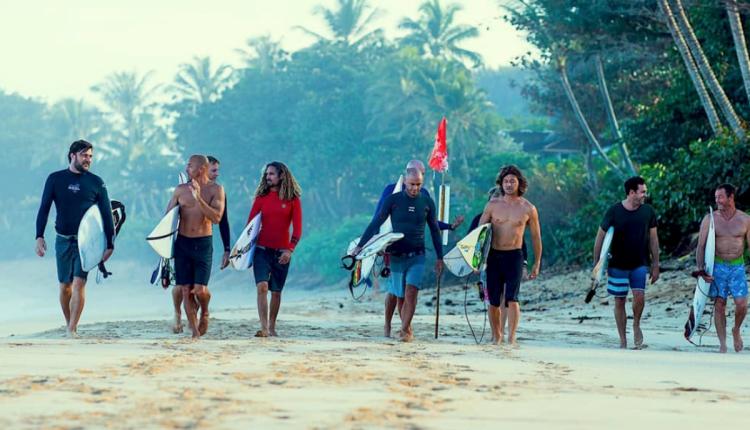 Momentum generation surf film nacht